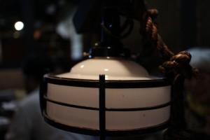 馬舎 ランプ